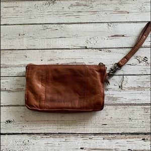 Anthropologie Day & Mood Anni brown leather clutch